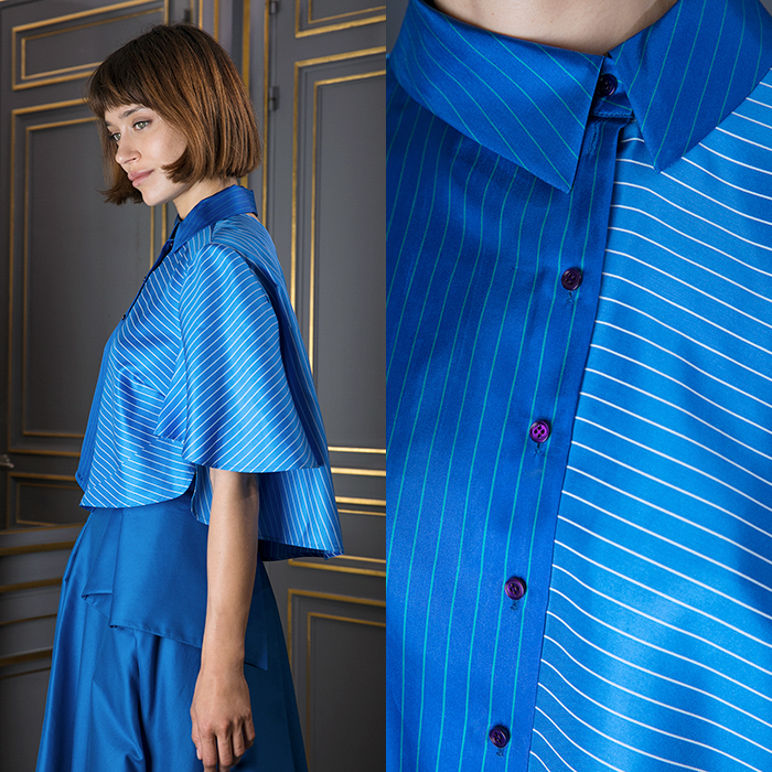Blue short shirt with bell sleeves